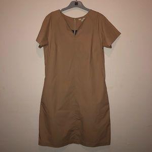 Uniqlo Tan Dress w/ POCKETS! 😱